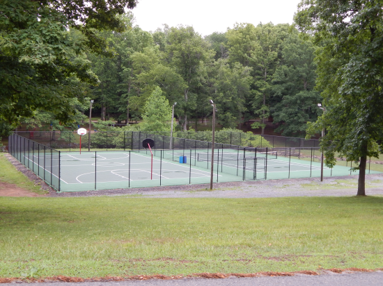 Lake Wilderness, va tennis courts