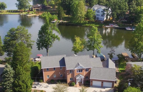 lake front homes for sale in lake of the woods, va