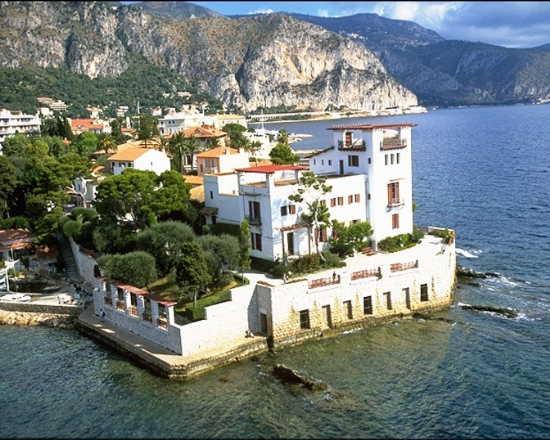 Buy rent real estate on the french riviera provence cote for Riviera house