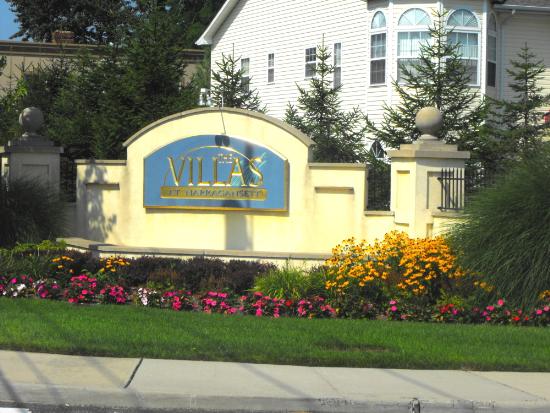 Narragansett Villas Lindenhurst NY