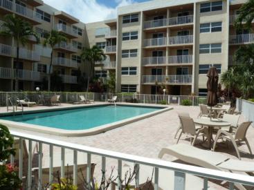 2929 S Ocean Blvd #211, Boca Raton, FL 33432