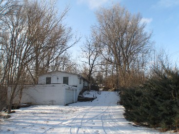 8611 Oakdale Road