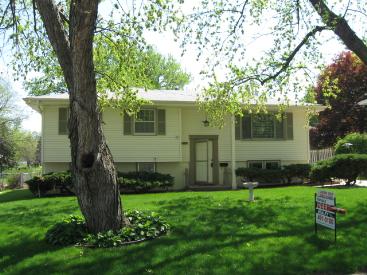 11653 Westwood Lane, Omaha, NE 68144