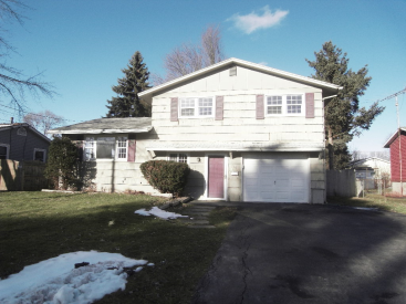 115 Rosewood Dr