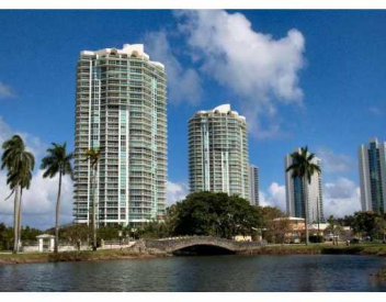 16500 COLLINS AVE #456