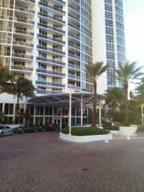 18101 COLLINS AVE, #1703