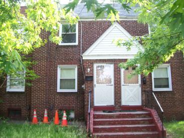 479 Pfeiffer St. Unit. B