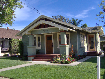 4000-4002 E. Colorado St.