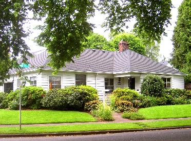 3232 SE Lambert St.
