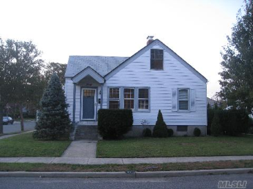 40 Gregory Ave