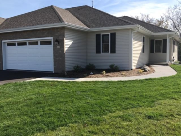 315 Trailview Crossing 16, Waterford, WI 53185
