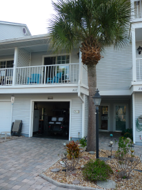 Well-Maintained 2-Bd/2-Ba - Move-in Ready!