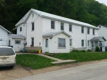 1022 S Bluff Street
