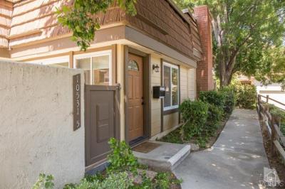10531 Larwin Ave #5, Chatsworth, CA 91311