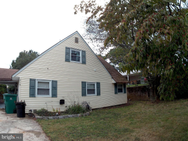315 Holly Drive, Levittown, Pa 19055