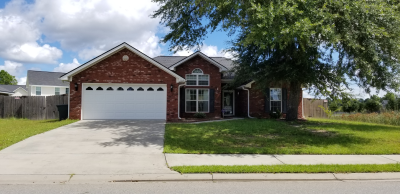 102 Grandview Dr, Hinesville, GA 31313