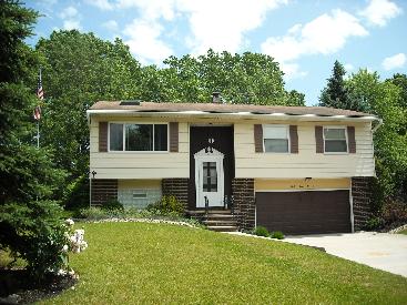 9407 Lawnfield, Twinsburg, OH 44087