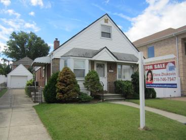 145-50 4 Ave., Whitestone, NY 11357