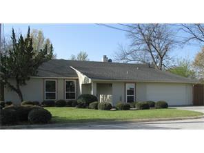 609 E Rest Cottage DR