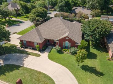 1701 Oakmeadow Drive, Decatur, TX 76234